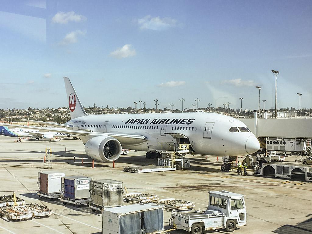 JAL 787-8 San Diego
