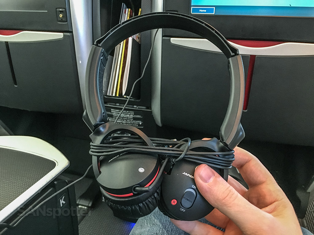 Japan Airlines business class noise canceling headset