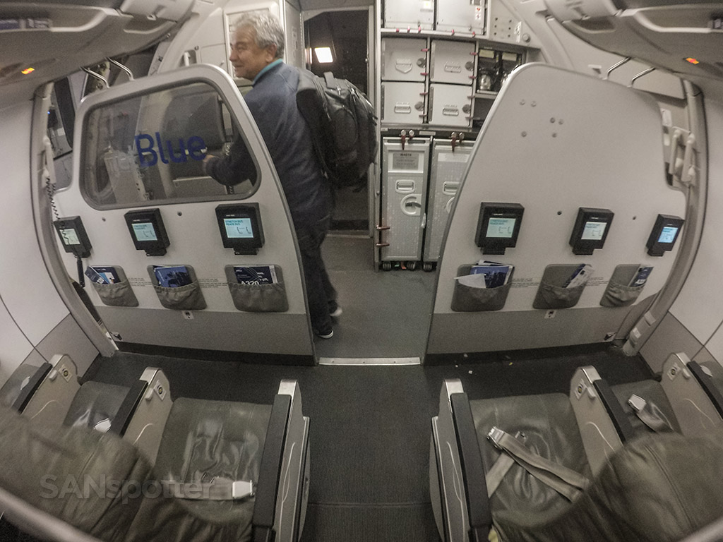 JetBlue A320 bulkhead row