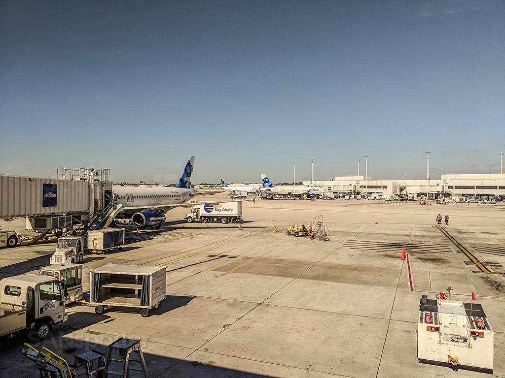 Fort Lauderdale airport terminal