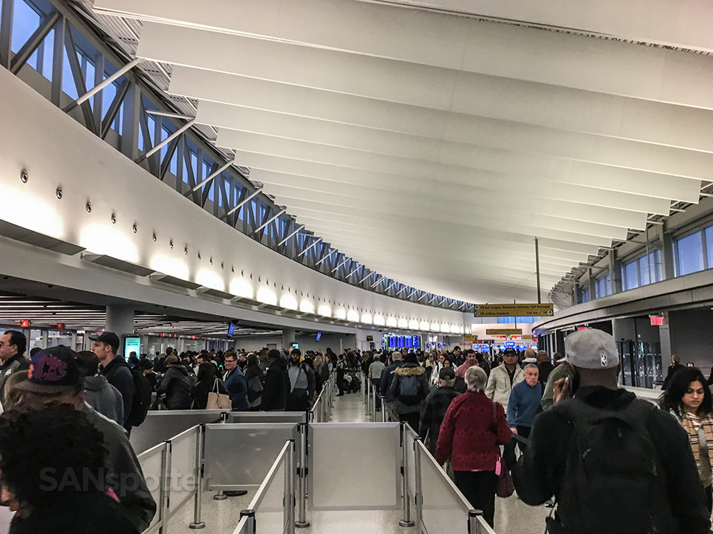 JFK airport security lines