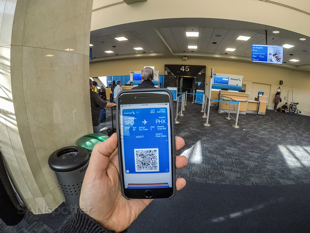 American Airlines mobile boarding pass