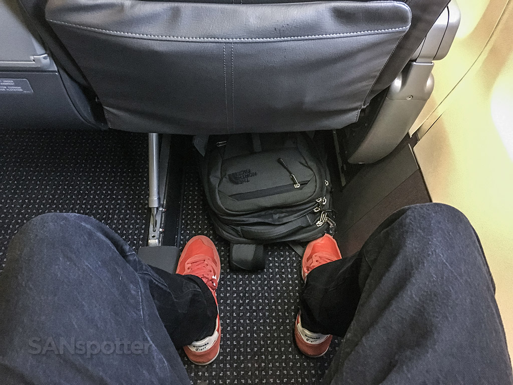American Airlines 757 first class seat pitch