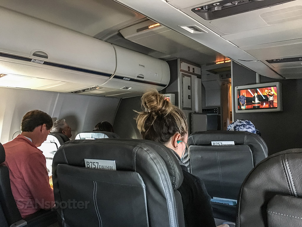 American Airlines 757 first class experience