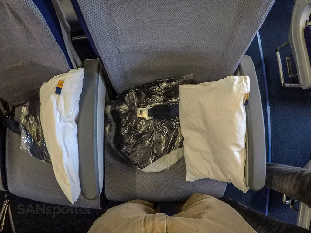 Lufthansa Economy class pillows and blankets