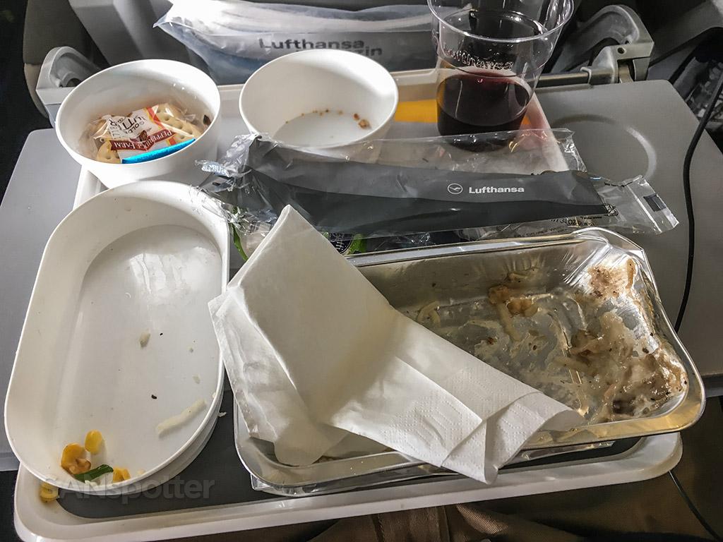 Tasty Lufthansa Economy class dinner