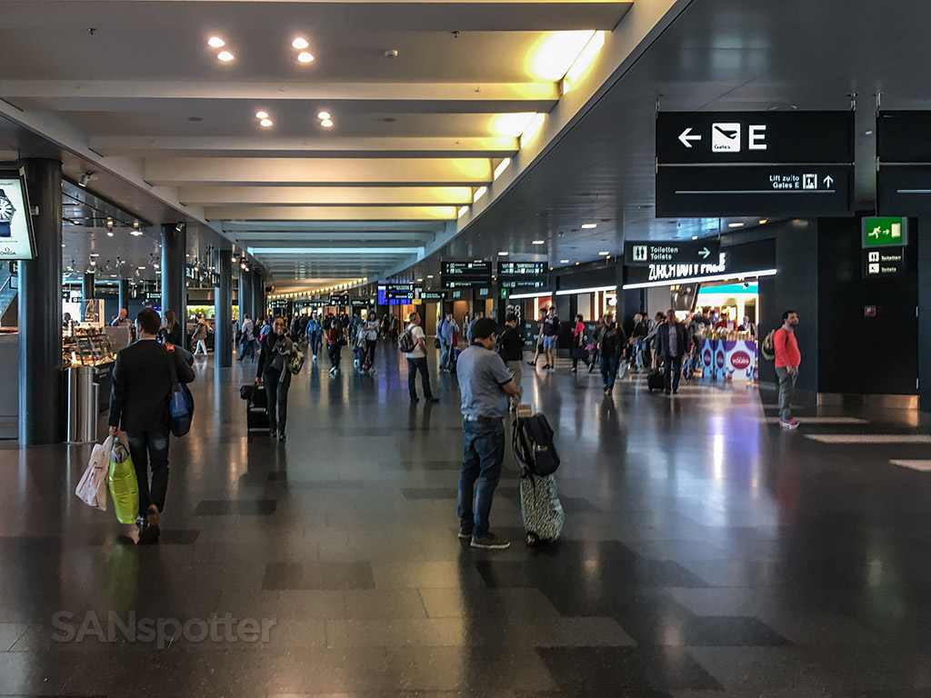 Main terminal Zürich airport