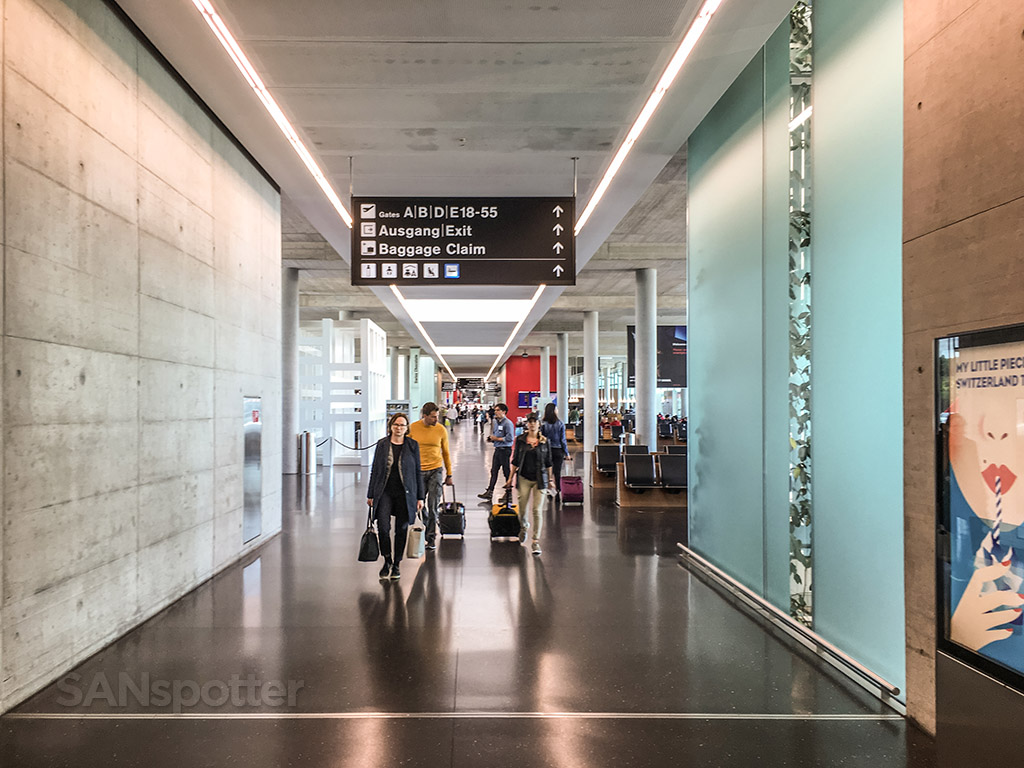 Zürich airport terminal E