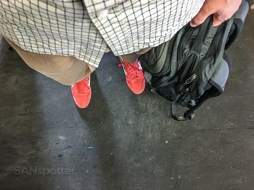 SANspotter red shoes