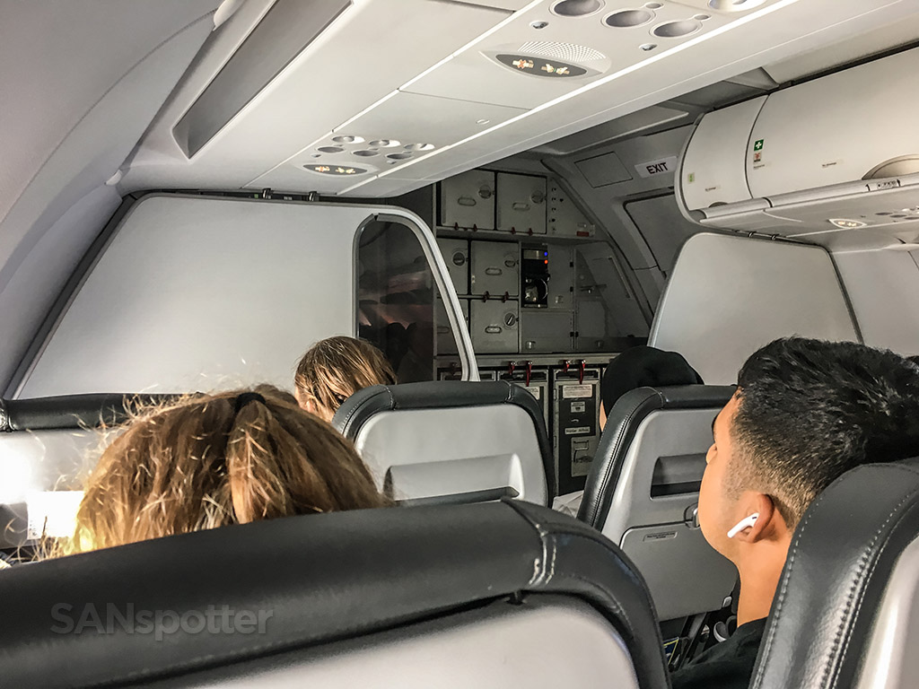 Frontier Airlines a320neo interior