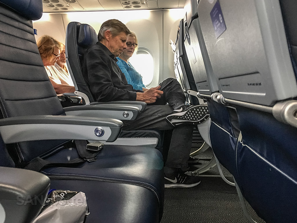 United airlines economy class comfort