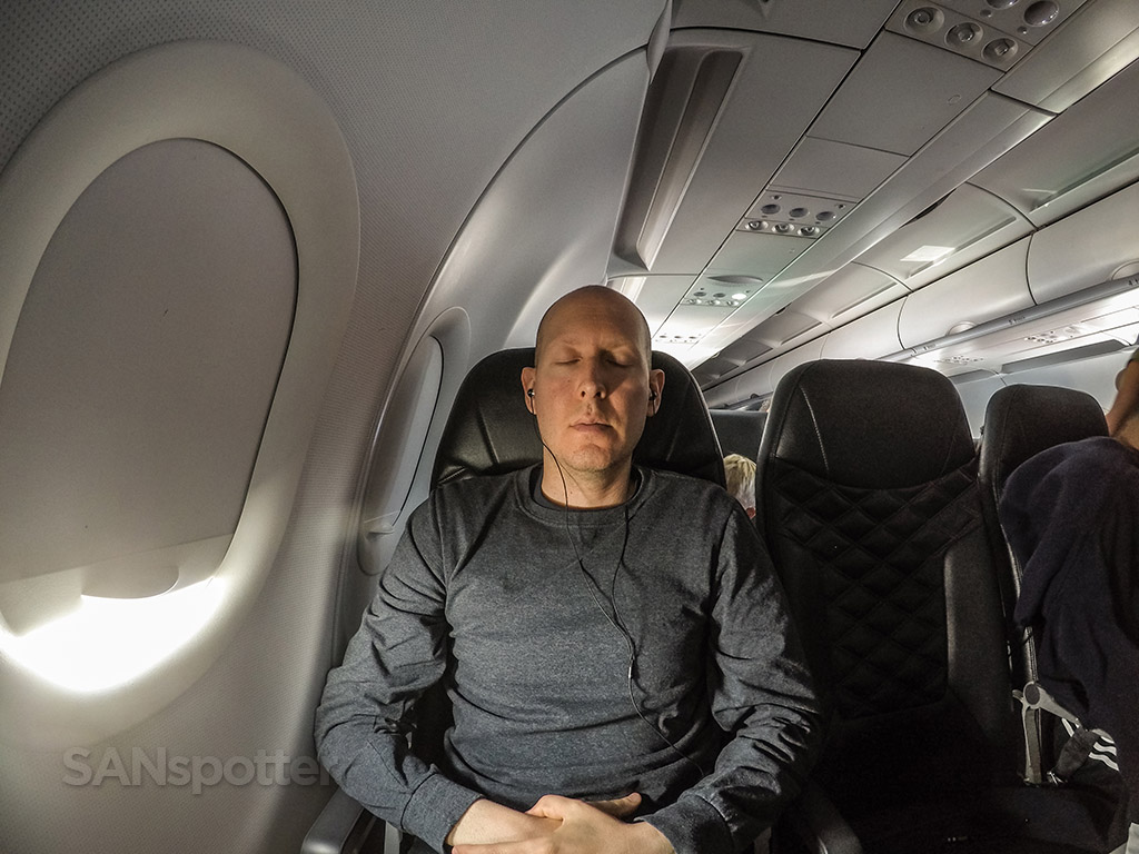 SANspotter selfie Frontier A320neo