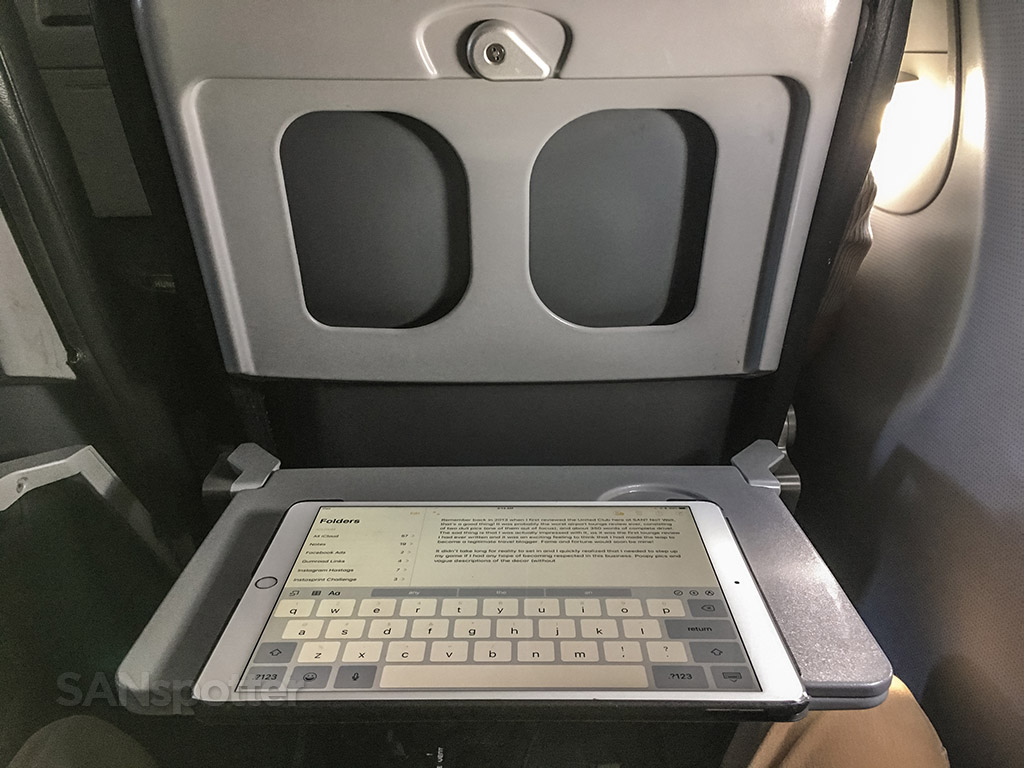 Frontier Airlines A320neo tray table