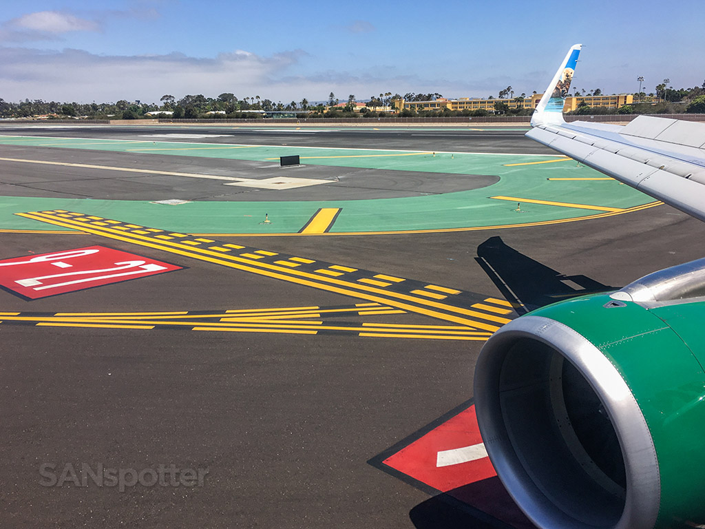 Frontier Airlines landing in San Diego airport