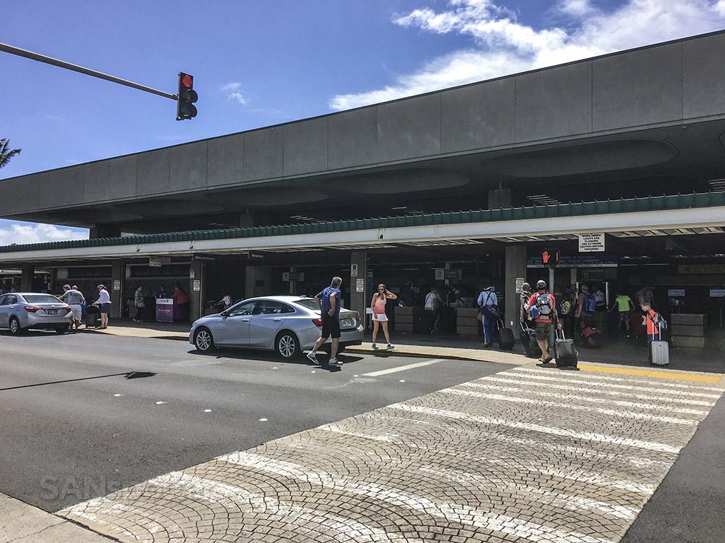 Maui airport terminal curbside
