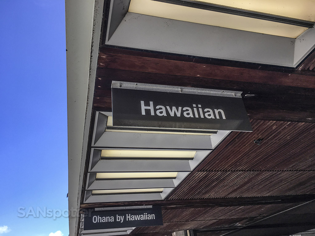 Hawaiian Airlines departures Maui airport