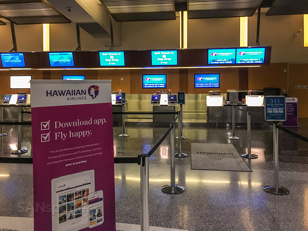 Hawaiian airlines check-in counter San Diego airport