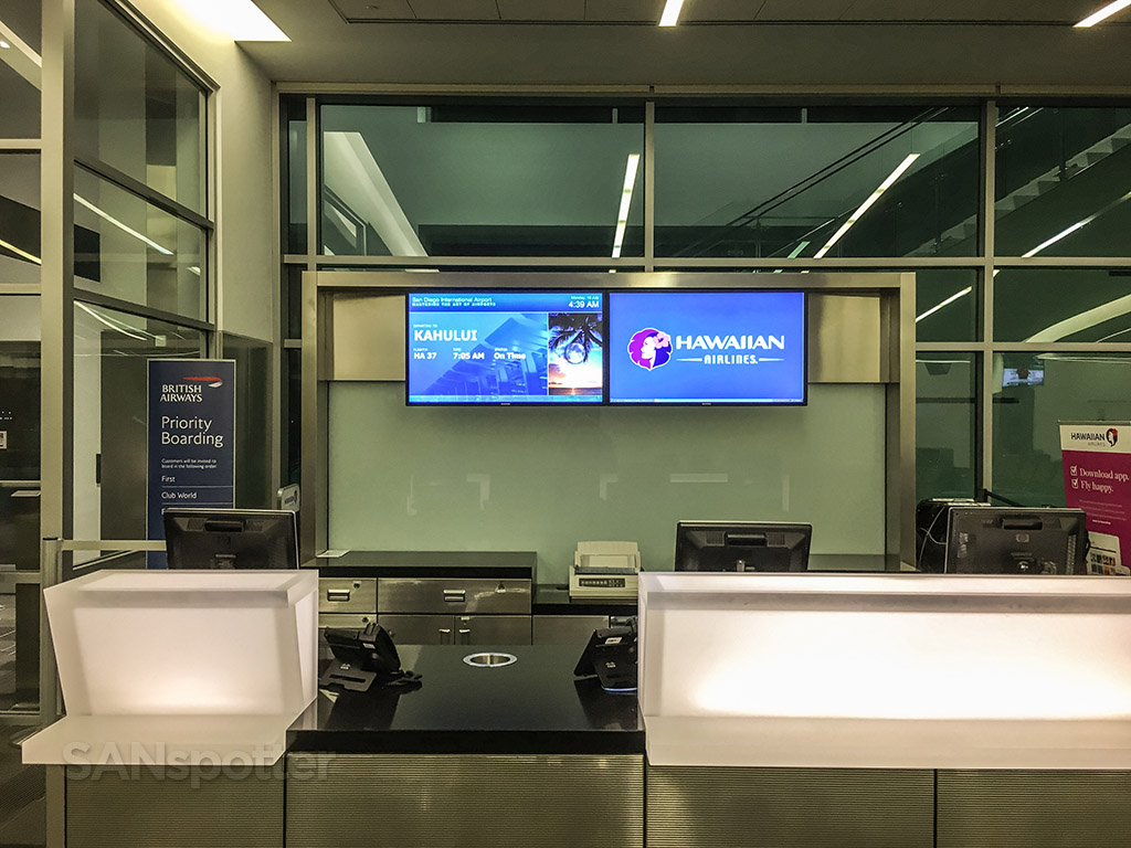 Hawaiian Airlines gate San Diego airport