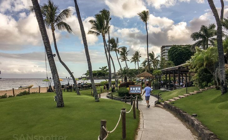 Kaanapali beach boardwalk