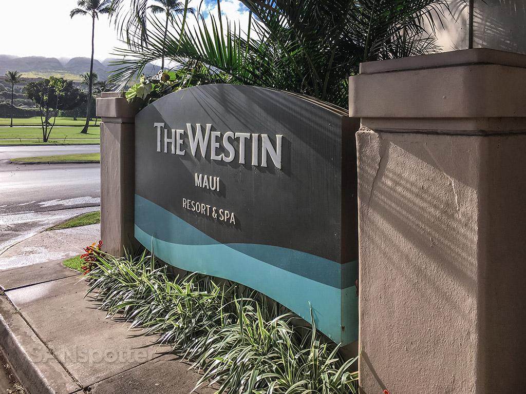 Westin resort and spa Maui entrance
