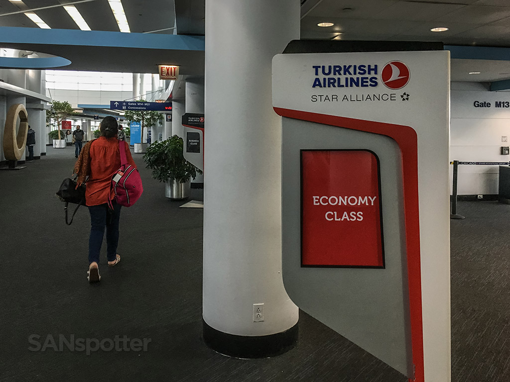 Turkish Airlines economy class Chicago to Istanbul