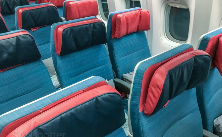 Turkish Airlines 777–300 economy class seats