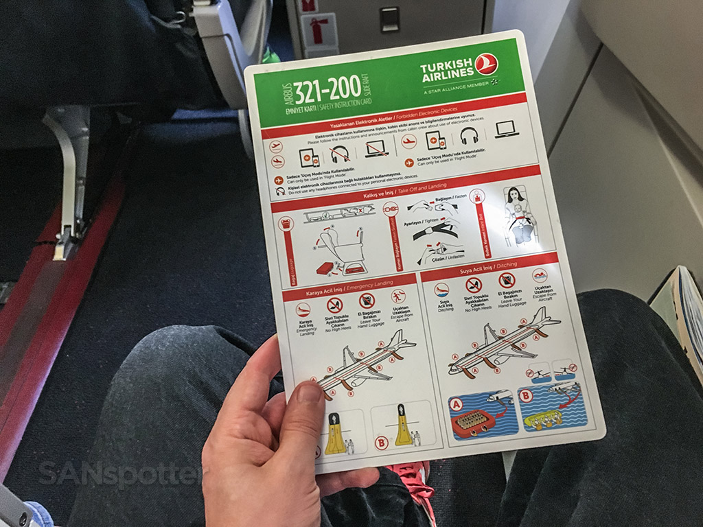 Turkish Airlines A321 safety card