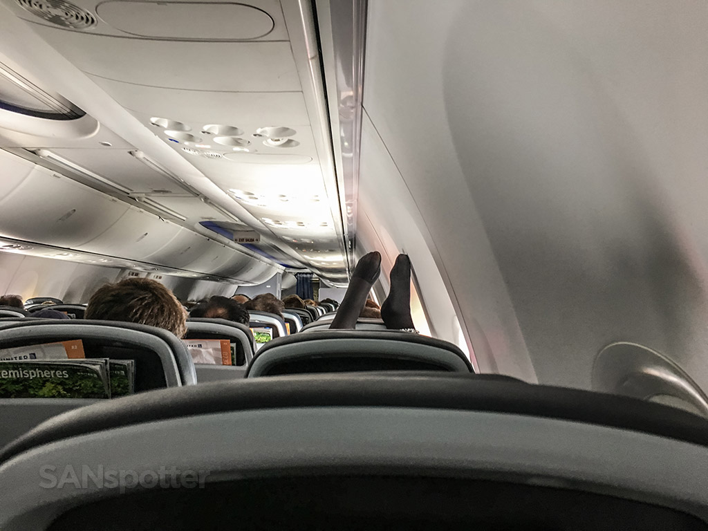 Passenger shaming United airlines