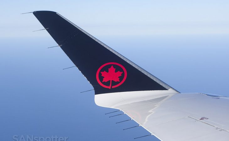Air Canada express CRJ-900 winglet