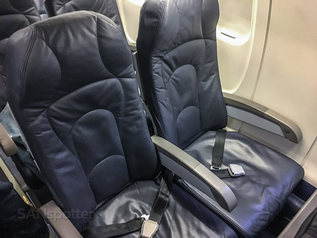 Air Canada express seats