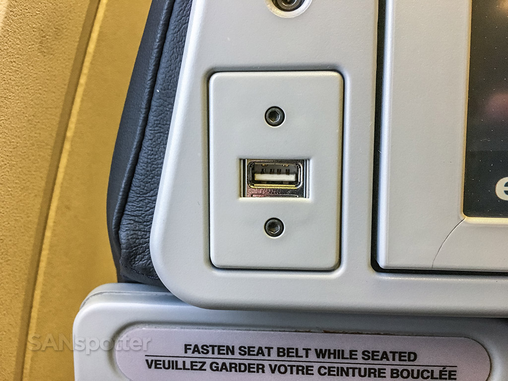 Air Canada express USB charging port