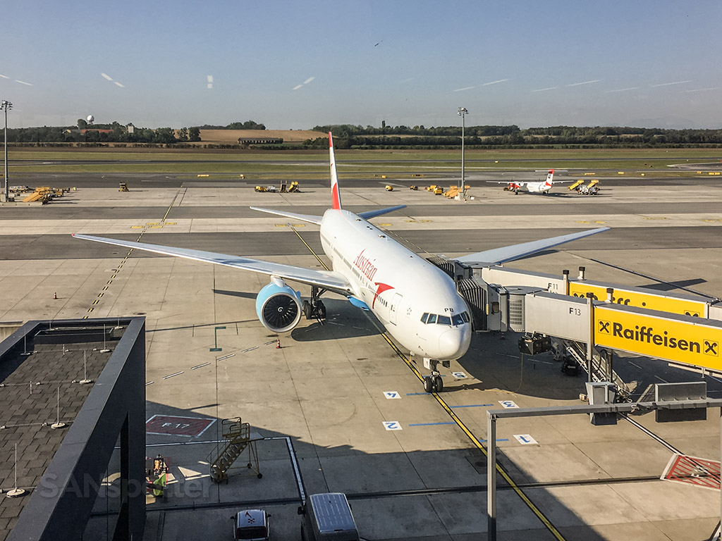 Austrian Airlines 777-200