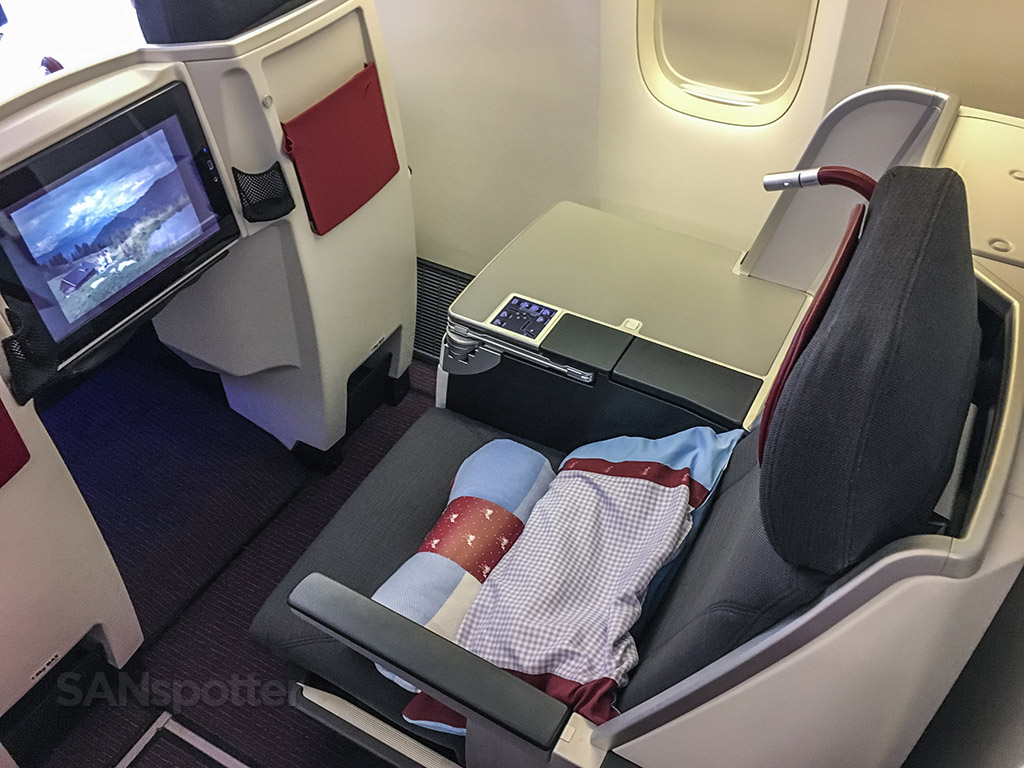 Austrian Airlines business class seat review