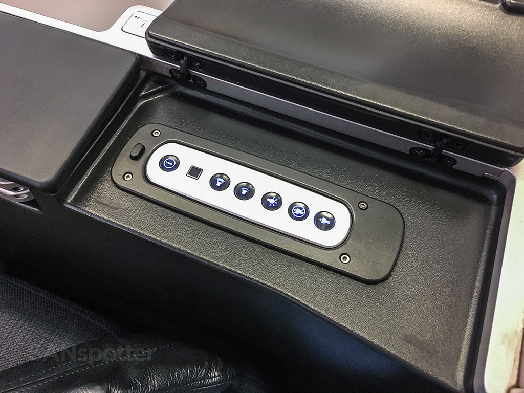 Austrian Airlines 777-200 business class seat controls
