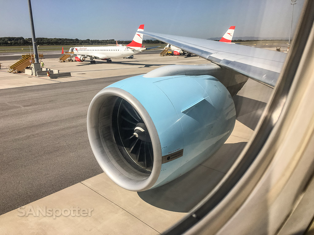 Austrian Airlines livery blue engines