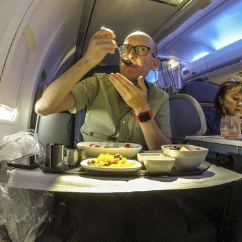 SANspotter selfie delta one business class 757