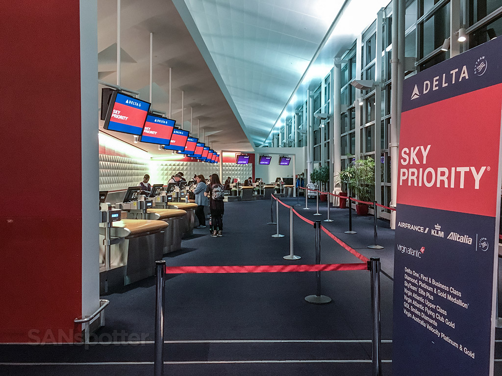 Sky Priority baggage drop T4 JFK