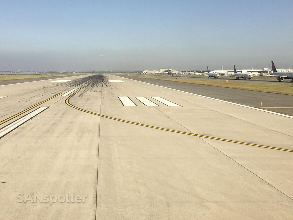 Runway 31L JFK airport