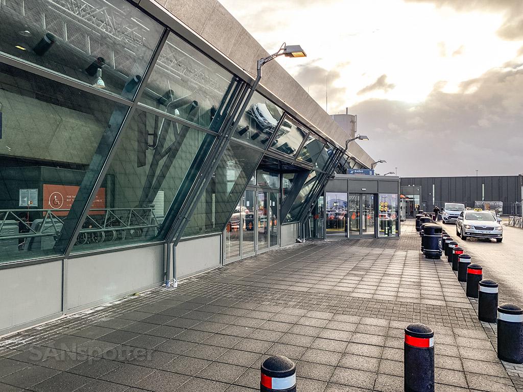 KEF airport exterior