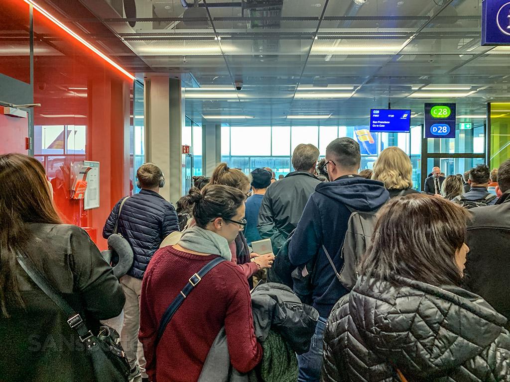 Keflavik airport overcrowding