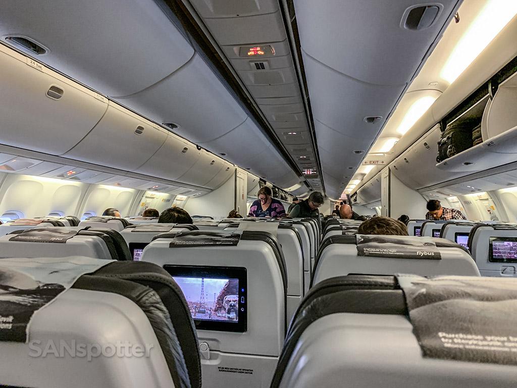 Icelandair 767 passengers