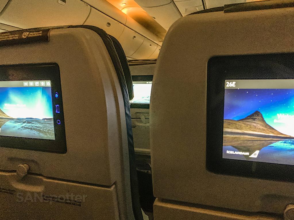 Icelandair 767 interiors