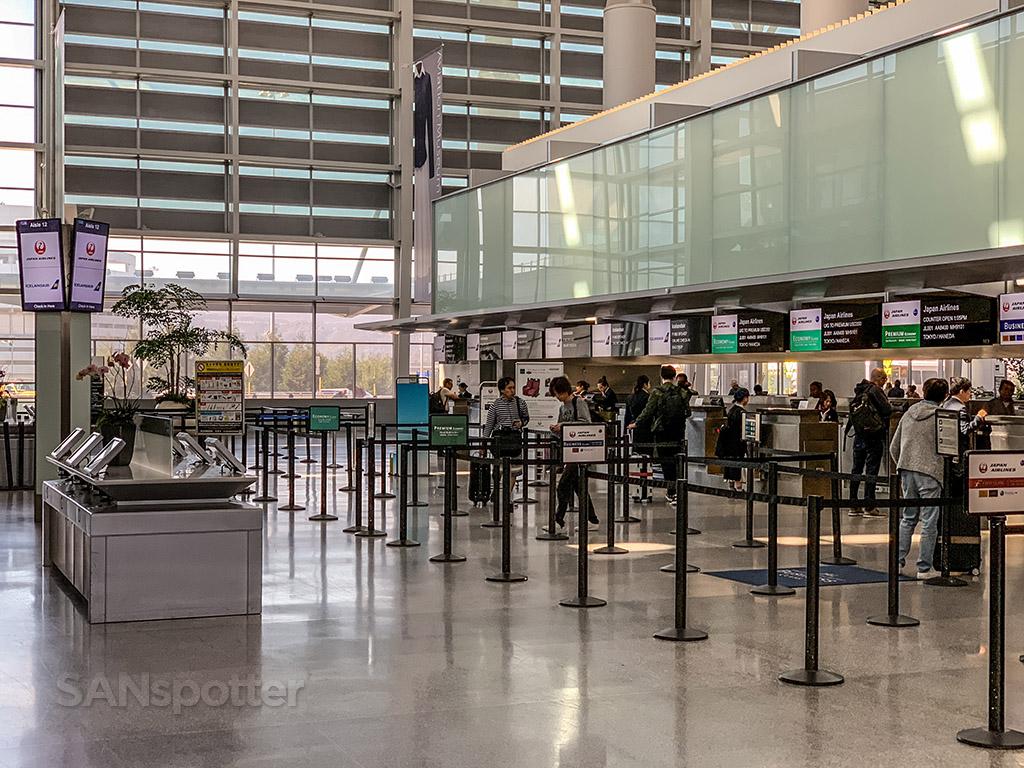 Icelandair check in SFO