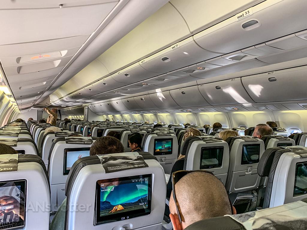 Icelandair 767 economy class review