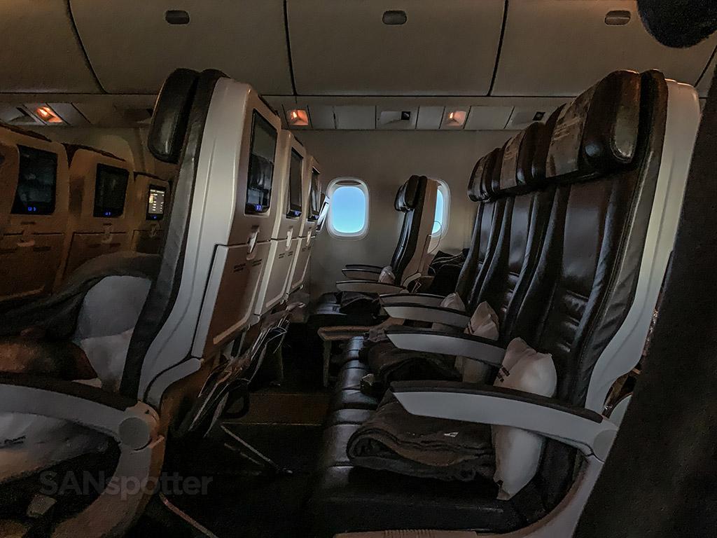 Icelandair trip report