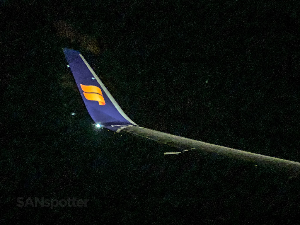 Approaching Keflavik Icelandair 767