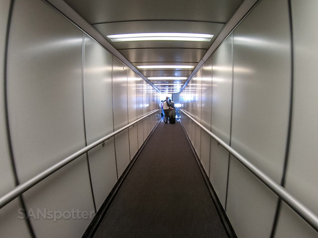 SFO jet bridge terminal A