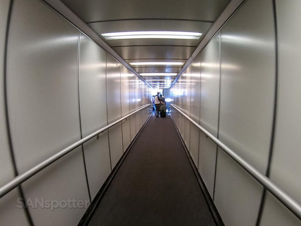SFO jet bridge terminal A