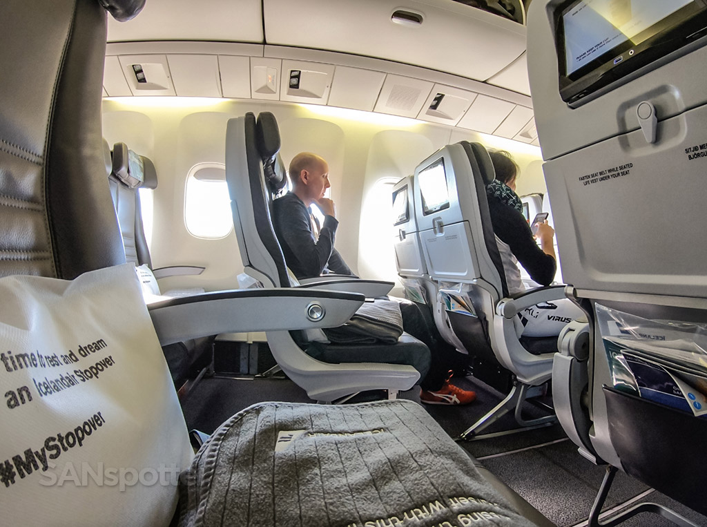 SANspotter selfie Icelandair 767