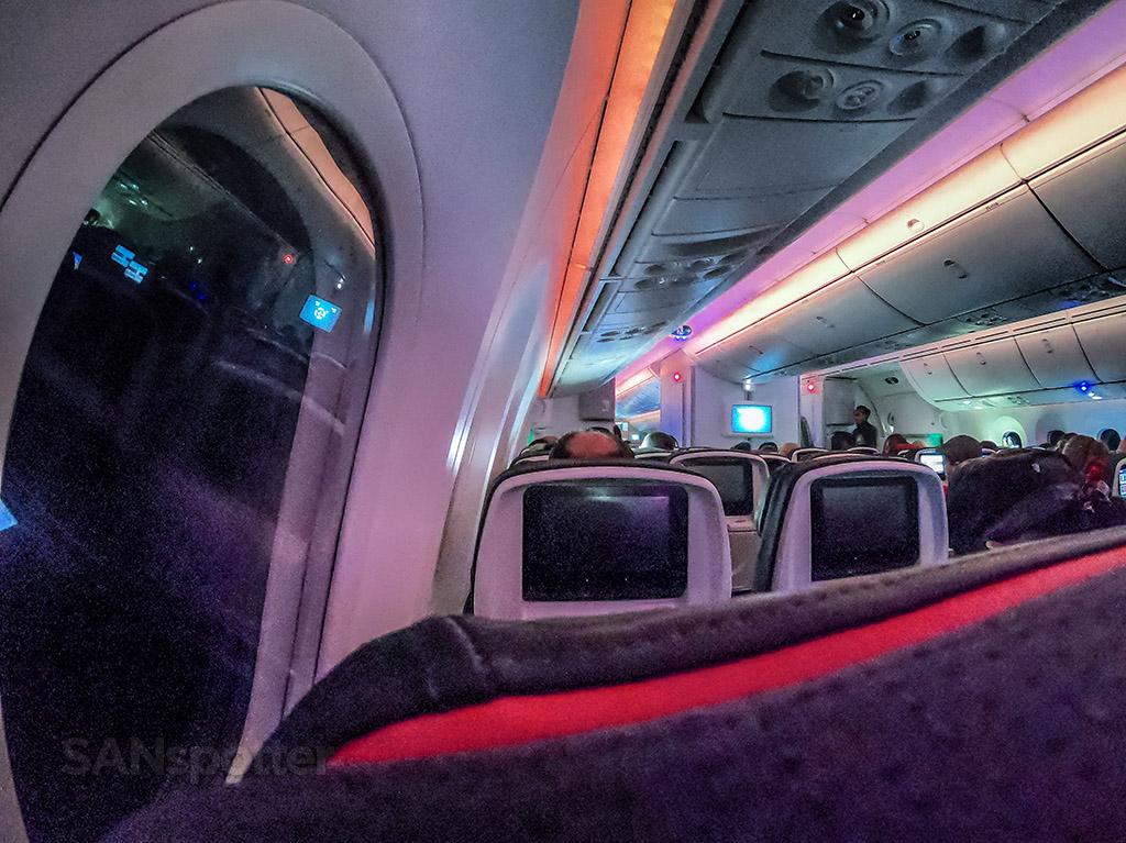 Air Canada 787-9 mood lighting